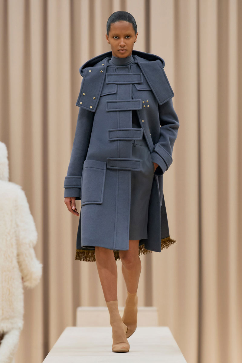 Spring Lake - Burberry Ready-to-Wear Fall Winter 2021