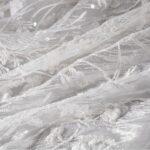 Tulle blanc brodé avec applications florales | new tess
