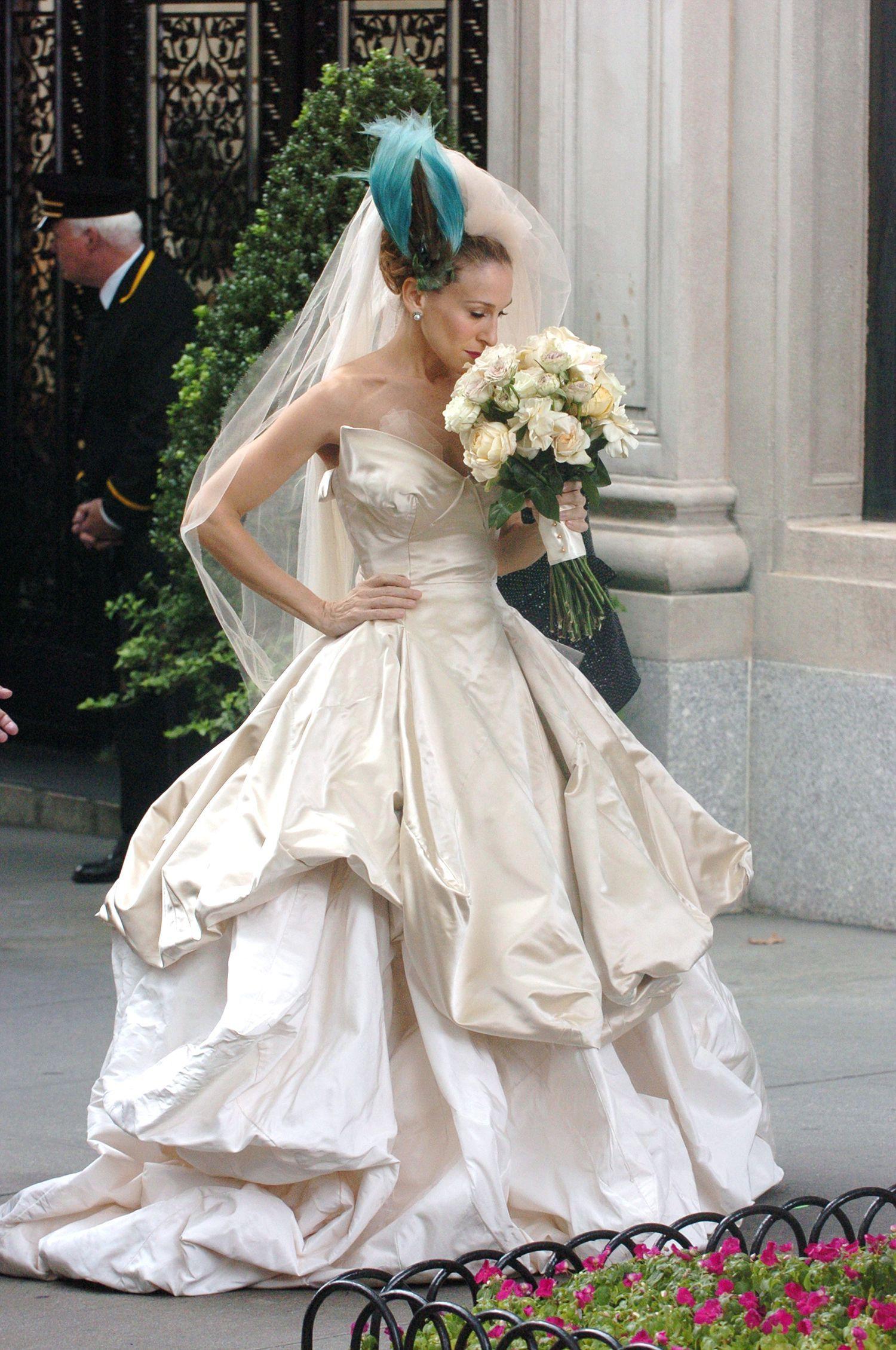 wedding dress of Carrie Bradshaw