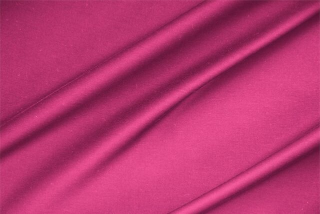 Tessuto Rasatello di Cotone Fuxia per abbigliamento
