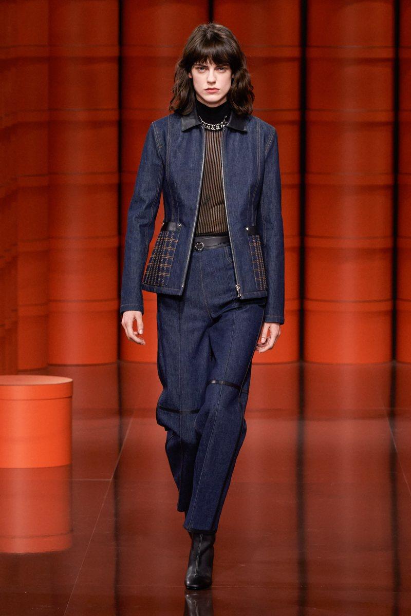 Blu - Hermès Ready-to-Wear Fall Winter 2021