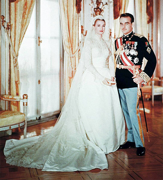 Grace Kelly's silk taffetas wedding dress