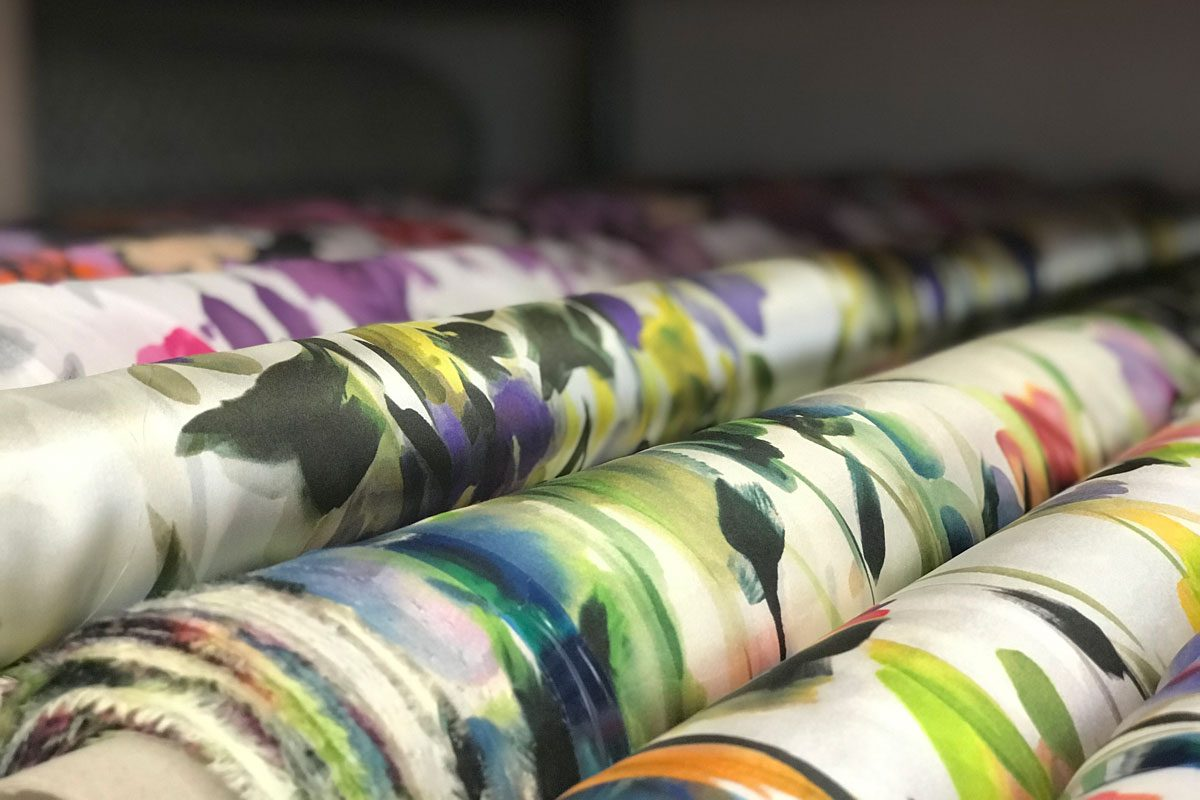 new tess floral pattern fabrics   Tessuti floreali per abbigliamento