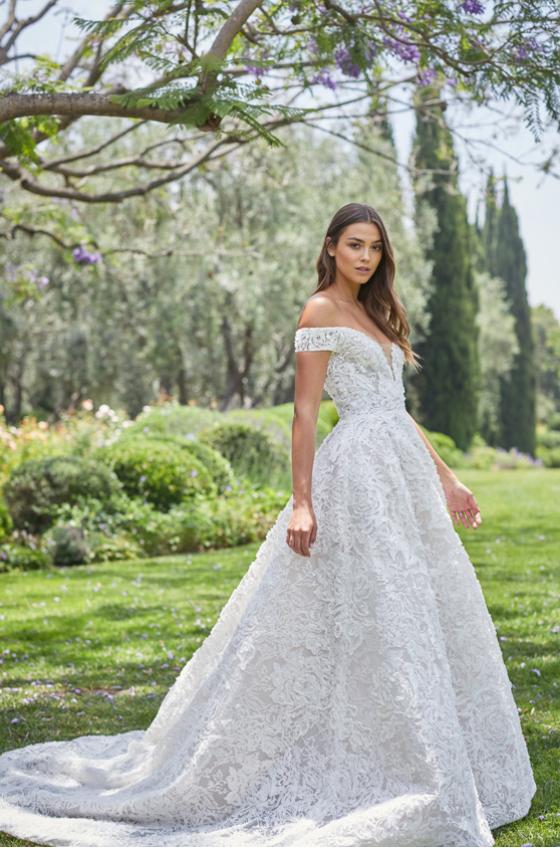 Monique Lhuillier Bridal Spring 2021