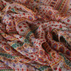 Tissu Imprimé Ethnique Blanc, Multicolor en Viscose pour Chemise.