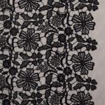 Tissu Dentelle et Broderie Noir en Polyester, Viscose pour Robe de cérémonie, Robe de soirée.