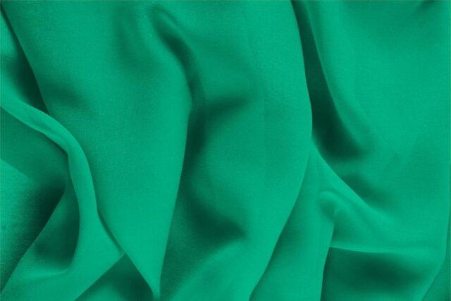 Tissu Uni Georgette Vert drapeau en Soie pour Chemise, Lingerie, Robe, Robe de cérémonie, Robe de soirée.