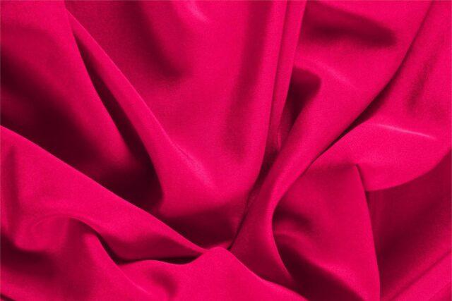 Tissu Crêpe de Chine Fuchsia en Soie pour vêtements