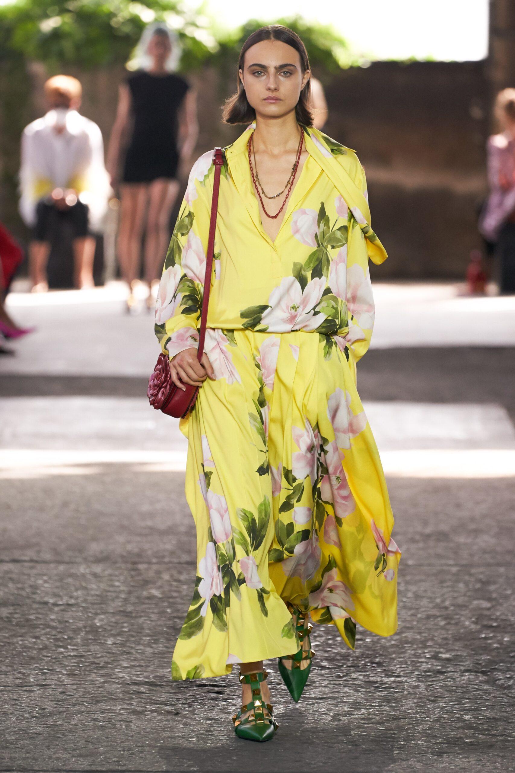 Giallo - Valentino Ready-to-Wear Spring 2020