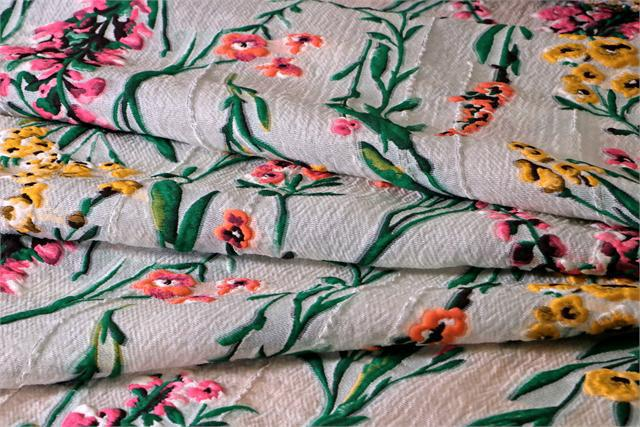 Multicolor Flowers Woven Fabric - Jacquard Coupe' 001