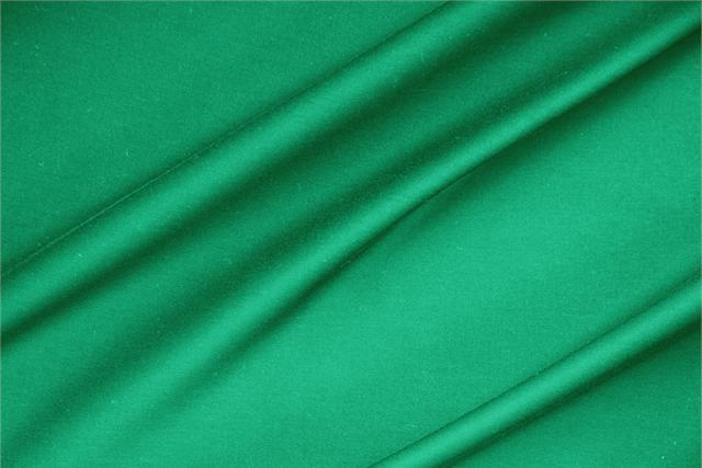 Buy online our clothing and fashion fabric 'Bandiera' Green  Lightweight cotton sateen stretch, Made in Italy. - new tess