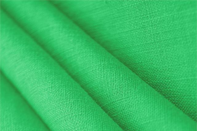 Buy online our clothing and fashion fabric 'Felce' Green  Linen Canvas, Made in Italy. - new tess