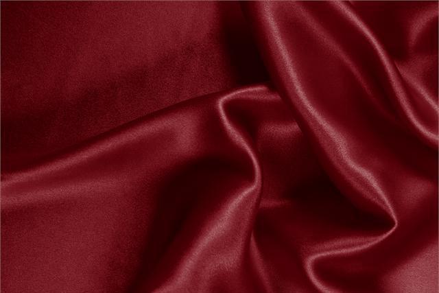 Acquista online il nostro tessuto per abbigliamento, sartoria e moda Crêpe Satin Viola 'Bordeaux' in Seta, Made in Italy. - new tess