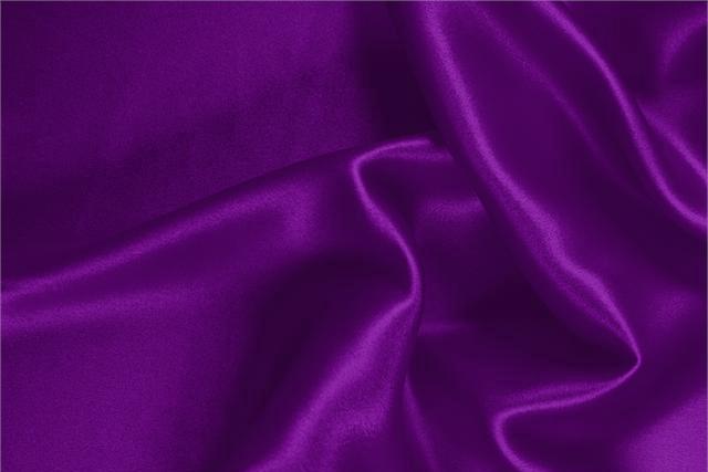 Achetez notre tissu pour habillement, haute couture et mode Satin stretch Fuxia 'Orchidea' en Soie, Stretch, Made in Italy. - new tess