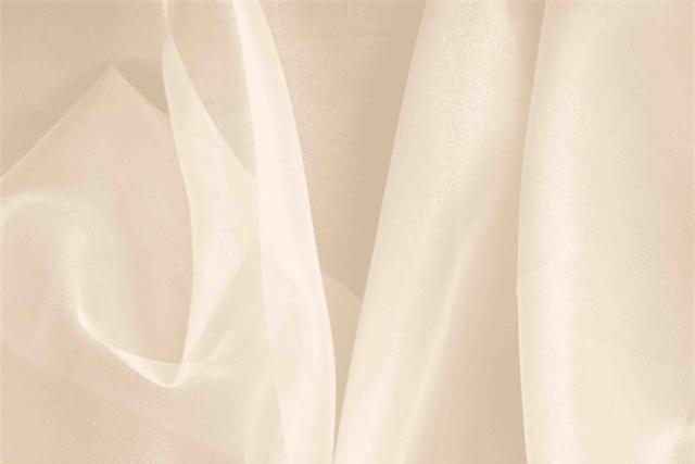 Acquista online il nostro tessuto per abbigliamento, sartoria e moda Organza Rosa 'Nudo' in Seta, Made in Italy. - new tess