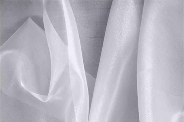 Buy online our clothing and fashion fabric Organza Purple Lavanda, Made in Italy. - new tess