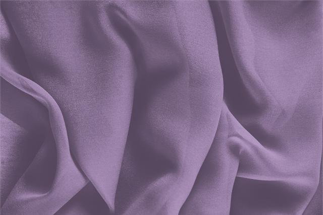 Acquista online il nostro tessuto per abbigliamento, sartoria e moda Georgette Viola 'Lilla' in Seta, Made in Italy. - new tess