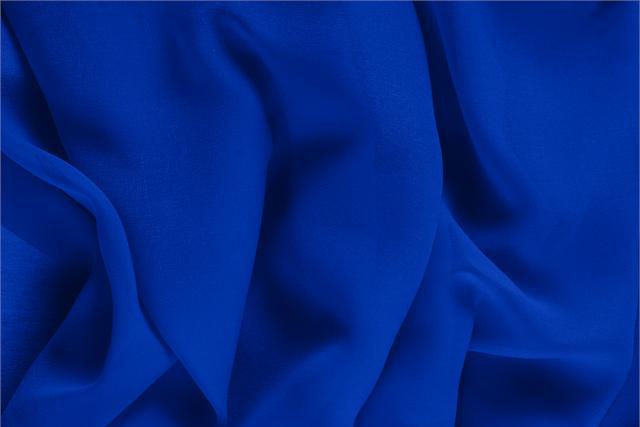 Buy online our clothing and fashion fabric 'Elettrico' Blue Silk Georgette, Made in Italy. - new tess