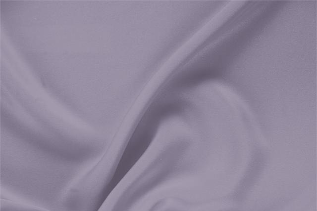 Acquista online il nostro tessuto per abbigliamento, sartoria e moda Drap Argento 'Peltro' in Seta, Made in Italy. - new tess