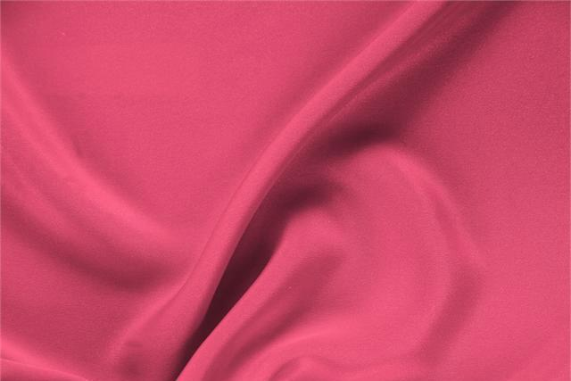 Buy online our clothing and fashion fabric 'Petunia' Fuxia Silk Drap, Made in Italy. - new tess