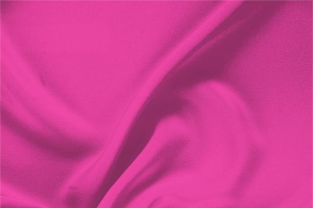 Buy online our clothing and fashion fabric 'Ciclamino' Fuxia Silk Drap, Made in Italy. - new tess