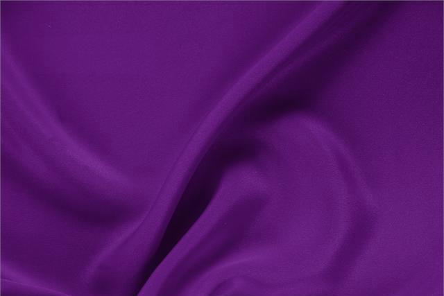 Buy online our clothing and fashion fabric 'Mirtillo' Purple Silk Drap, Made in Italy. - new tess