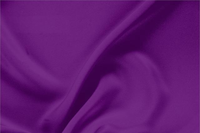 Acquista online il nostro tessuto per abbigliamento, sartoria e moda Drap Viola 'Cardinale' in Seta, Made in Italy. - new tess