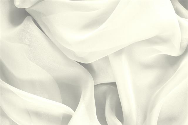 Buy online our clothing and fashion fabric 'Avorio' White Silk Chiffon, Made in Italy. - new tess