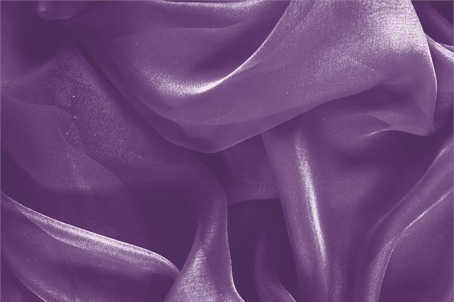 Acquista online il nostro tessuto per abbigliamento, sartoria e moda Chiffon Viola 'Melanzana' in Seta, Made in Italy. - new tess