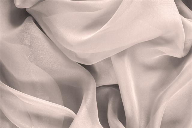 Buy online our clothing and fashion fabric 'Petalo' Pink Silk Chiffon, Made in Italy. - new tess