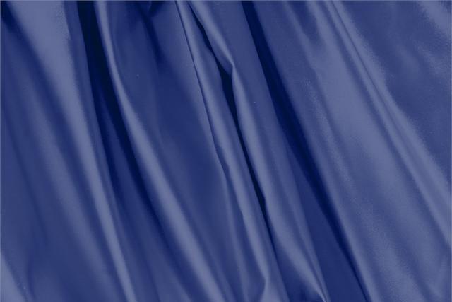 Acquista online il nostro tessuto per abbigliamento, sartoria e moda Duchesse Blu 'Mare' in Seta, Made in Italy. - new tess