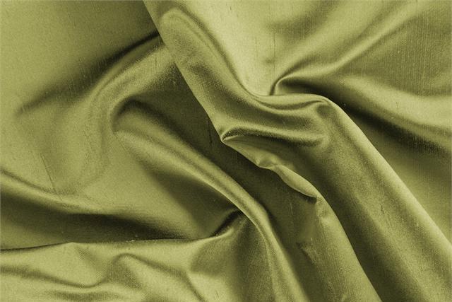Tessuto Raso Shantung Giallo Lime in Seta per abbigliamento