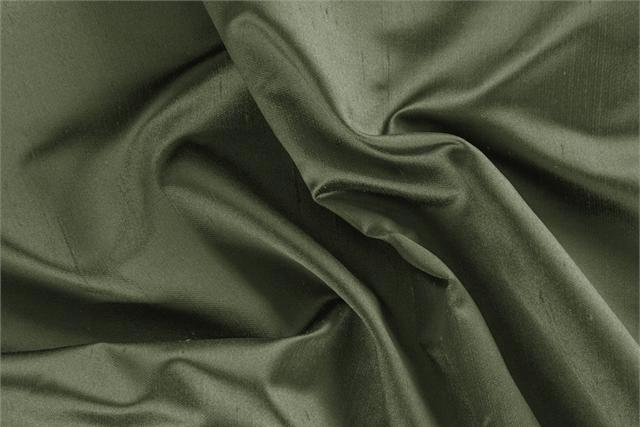Buy online our clothing and fashion fabric 'Oliva' Green Silk Shantung Satin, Made in Italy. - new tess