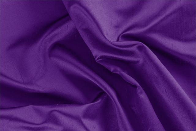 Buy online our clothing and fashion fabric 'Cardinale' Purple Silk Shantung Satin, Made in Italy. - new tess